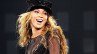 Beyonce - Get Me Bodied (Mrs. Carter Show)