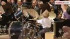 Orkestra İle Beraber Bateri Çalan Yetenekli Minik