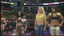 Melina, Mickie, Layla, Jillian and Kelly Kelly vs Maryse, Maria, Eve, Gail Kim and Natalya