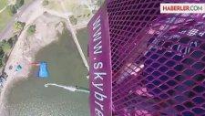 95 Yaşında Korkusuzca Bungee-Jumping Yaptı
