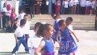 23 Nisan'da Oyanayan Minik Kız