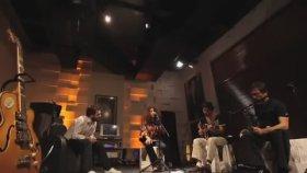 Elif Cağlar - You Got Me [the Roots Ft. Erykah Badu Cover] / Akustikhane #garajkonserleri