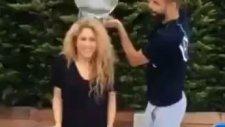 Shakira ve Pique çifti de modaya uydu
