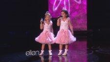 Ellen - Sevimli İkizler Sophia Grace Ve Rosie Şarkı Söylüyor.
