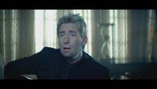 Avril Lavigne - Let Me Go Ft. Chad Kroeger