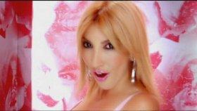 Hande Yener - Bu Yüzden