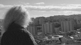 Nükleer Başlıklı Kız Ft. Tuna Velibaşoğlu - Ağlayan Kalbim