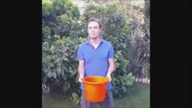 Mustafa Ceceli Als Ice Bucket Challenge
