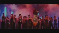 Le Gayi - Dil To Pagal Hai Song Full (1997)