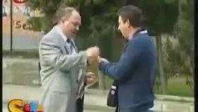 Mustafa Karadeniz - Cep Telefonu Kırma Şakası