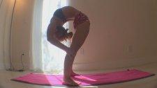 Yoga'da Tiriang Mukhottanasana Hareketi
