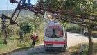 112 ekibinin üzerine elektrik direği devrildi - BURSA