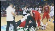 2010 Dünya Basketbol Şampiyonası / Türkiye 83-82 Sırbistan