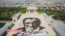 Anıtkabir'de 6000 Kişilik Dev Atatürk Portresi Yapıldı