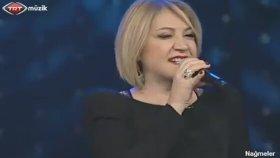 Meral Azizoğlu - Kemancı