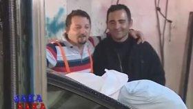 Mustafa Karadeniz - Tamirci Çırağı Şakası - Şaka Şaka
