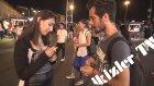 Taksim'de Sihirbaz Numarasıyla Kızlarla Öpüştü