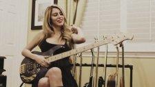 Bass Gitarı Ağlatan Hatun