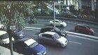 İstanbul Avcılar'da Üst Geçidin Çökmesi (Güvenlik Kamerası)