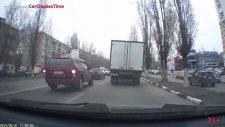 Rusya'da İnanılmaz Kazalar