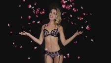 Chloe Loughnan Ortaç Sevgililer Günü Kamera Arkası