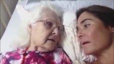 Alzheimer'lı Annenin Kızını Hatırladığı Duygusal Anlar