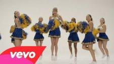 Taylor Swift - Shake It Off Outtakes - The Cheerleaders (Kamera Arkası)
