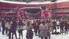 1D WWA Tour (One Direction Concert) | Olivia