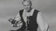 Laurence Olivier'den Hamlet Yorumu: Olmak Ya Da Olmamak Sahnesi