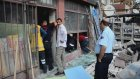 Yapı markette cam yığınının altında kalan müşteri yaralandı - KOCAELİ