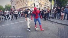 Futbol Sihirbazı Örümcek Adam Kılığına Girerse..