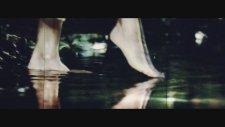 Halil Sezai - Büyük Yalnızlık (Feat Sansar Salvo)