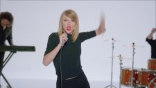 Taylor Swift - Shake It Off  1080p