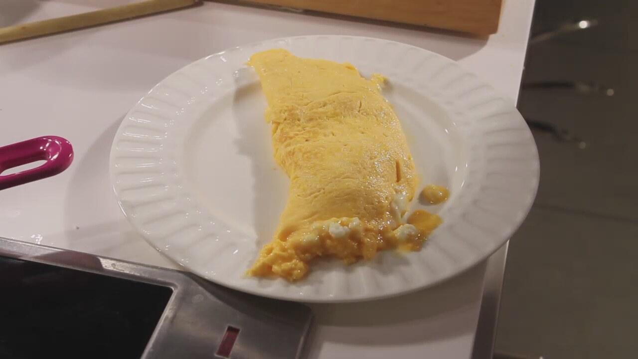 Beyaz Peynirli Yumurta Tarifi Videosu