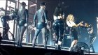 Kylie Minogue - Can't Get You Out Of My Head (Canlı Performans)