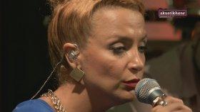 Su Soley - Someone Like You (Adele Cover) / #akustikhane #garajkonserleri