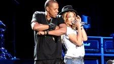 Beyonce & Jay Z - Holy Grail (Canlı Performans)