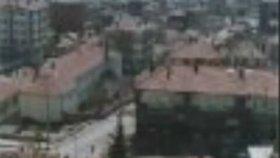 Gülşen Kutlu - Neset Ertas - Bahça Duvarından Aştım