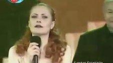 Candan Erçetin - Kamil Sönmez - Zeynep Başkan - Derule