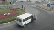 Kesin Türkiye'dir Dedirten Trafik Kazaları
