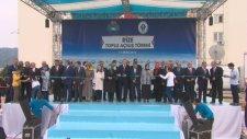 Rize Valiliği Önünde Toplu Açılış Törenine Katıldı