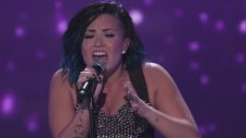 Demi Lovato - My Love Is Like A Star (Canlı Performans - Vevo Certified SuperFanFest)