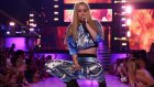 Iggy Azalea - Change Your Life (Canlı Performans)