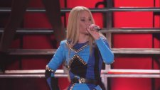 Iggy Azalea - Murda Bizness (Canlı Performans -Vevo Certified SuperFanFest)