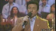 Mehmet Şafak - Yanıyor Mu Yeşil Köşkün Lambası