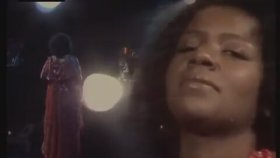 Gloria Gaynor - Reach Out (I'll Be There)
