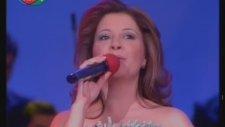 Seçil Ak - Sesimde Şarkısı Aşkın Figan Olup Gidiyor