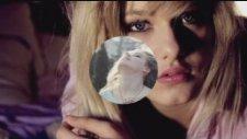 Gisele Bündchen Feat. Bob Sinclar - Heart Of Glass