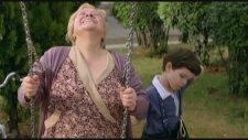 Anneanneyle Sıra Kavgası / Çınar Ağacı