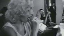 Madonna - Lingo Lingo Şişeler